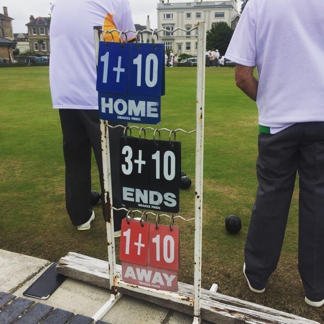 Bowling scores on Ryde esplanade